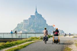 tourism-mont-saint-michel-dinard-airport